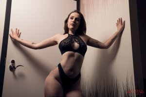 Emmanuelle thick escorts Corinth, MS